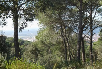 Large plot of land with sea views for sale in Begur