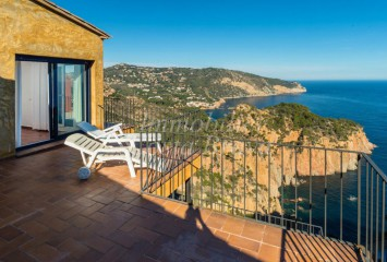 Modern style house with panoramic sea views for sale in Begur, AiguaBlava