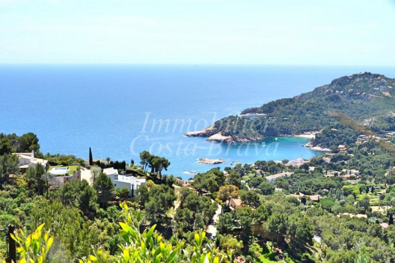 Building plot with beautiful sea views, for sale in Aiguablava, Begur