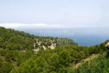 Fantastic building plot for sale with panoramic sea views in Begur