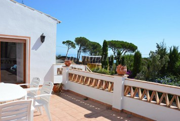 Detached house with little sea views for sale in  Es Valls, Begur