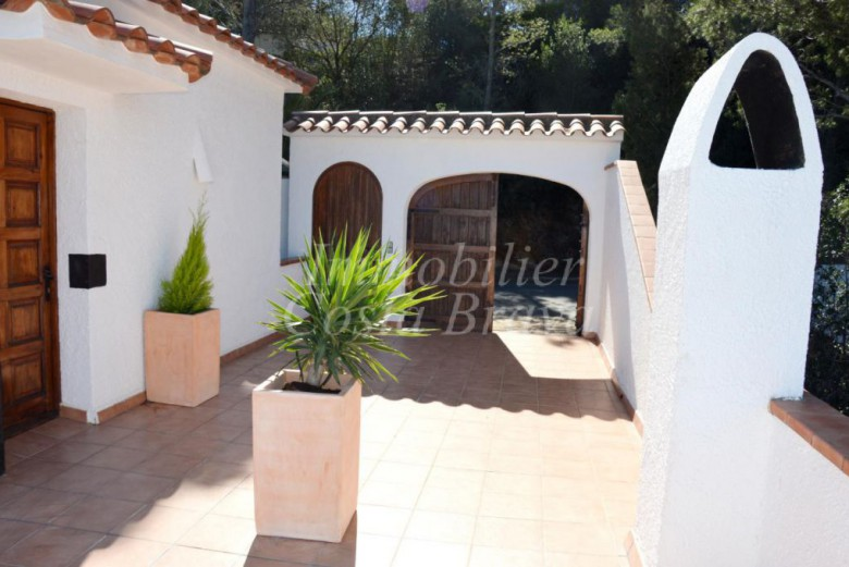 Catalan style detached house with sea views for sale in Begur, Sa Punta