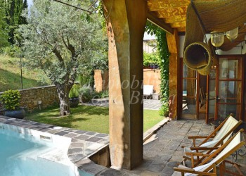 Farm house for sale in baix emporda, torrent