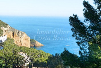 Plot of land with beautiful sea views for sale in Begur, La Borna