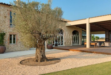 Beautiful masía totally refurbished for sale in Costa Brava, Baix Empordà