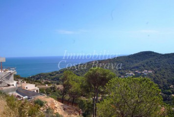 Plot of land with sea views for sale in Sa Riera, Begur