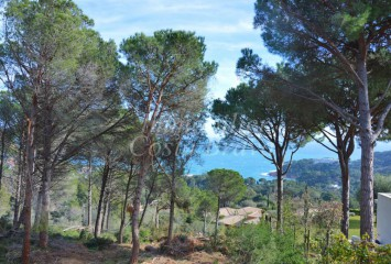 Exclusive plots of land with sea views for sale in Aigua Blava, Begur