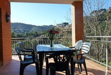 Sunny detached house with views to the hills and close to the beach for sale in Begur, Sa Riera