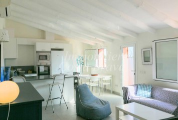 Charming apartment totally refurbished for sale in Begur village