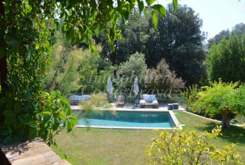 Spectacular village stone house with pool and garden for sale in the Baix Emporda