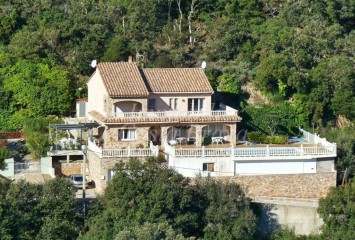 Detached house for sale with views to the sea and Medes Islands in Begur, Sa Riera