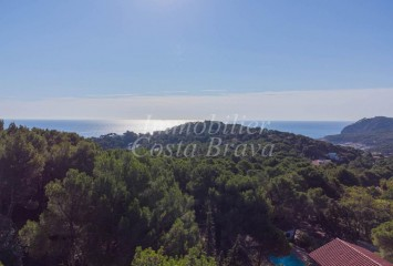 Plot of land with sea views in Tamariu, AiguaXelida