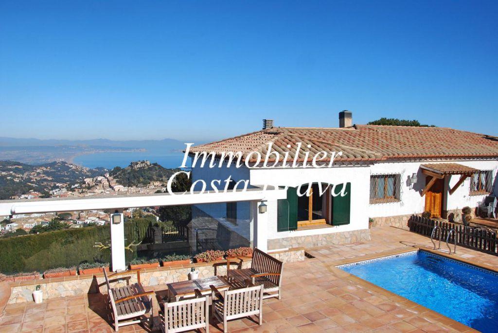 Tr s belle villa vendre avec vue panoramique sur la mer for Achat maison costa brava