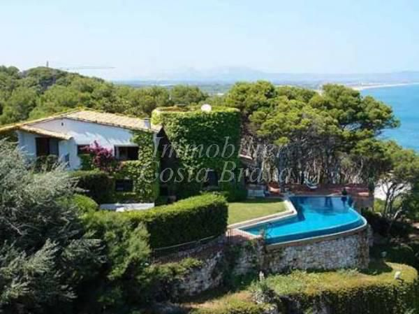 Villa for sale in Sa Punta, Begur
