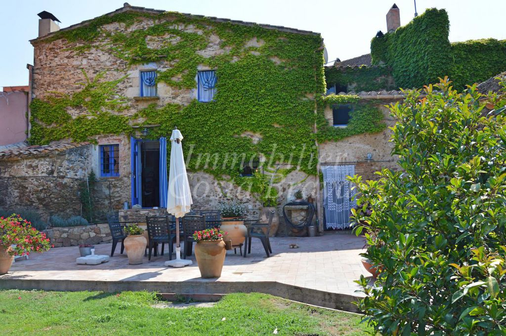 Farm house for sale in Regencos, Begur