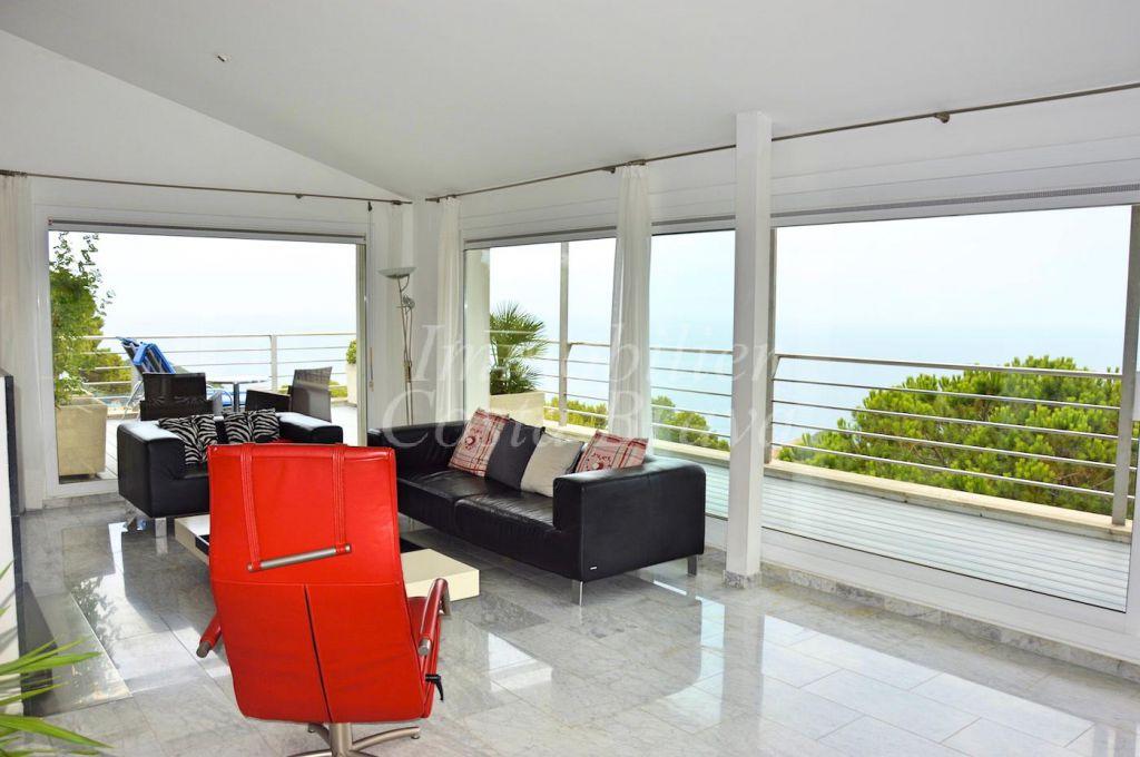 Casa Moderna En Venta Con Fant Sticas Vistas Al Mar En Sa
