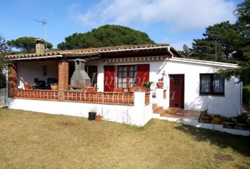 House for sale in Begur